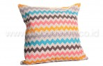 Bantal Sofa Decoration Motif Zig Zag Color Q2445